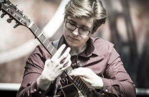 Leckerbissen für Fingerstyler: Alexandr Misko
